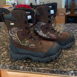 Men's Irish Setter 1400 Gram Snow Trackers Boots